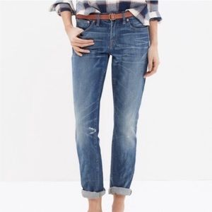 Madewell mid rise slim relaxed boyjean jeans